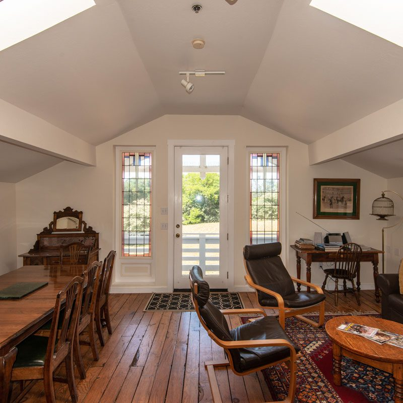 Point Reyes Lodging for Groups traveling with Horses  Full Kitchens + Suites