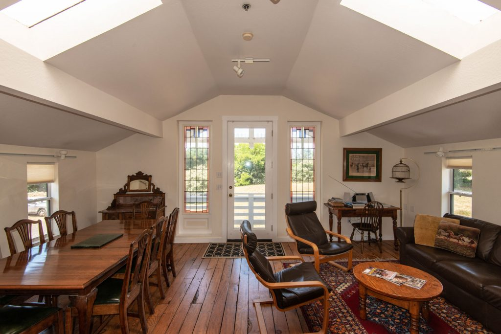 Point Reyes Lodging for Groups traveling with Horses Kitchens + Suites